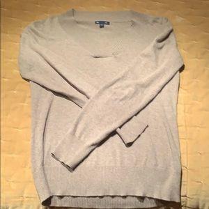 GAP tan pullover v-neck sweater, SMALL